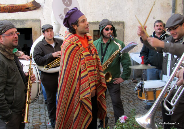 Xaral's Dixie Band performing in the streets of Alcaide