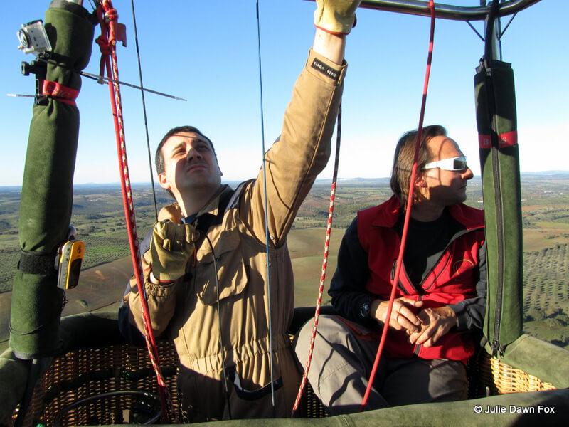 hot air balloon pilots