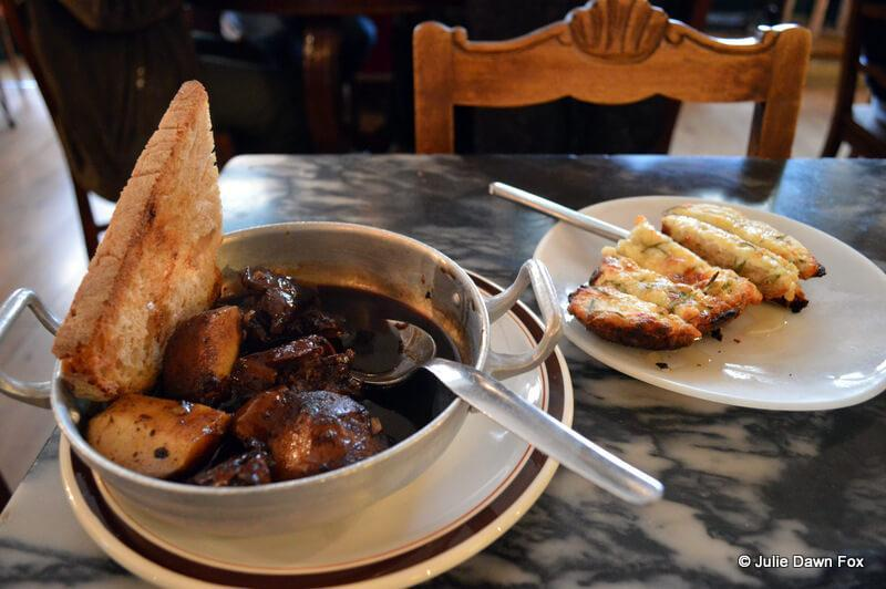 Liver and apple in balsamic sauce, Taberna Ideal, Lisbon