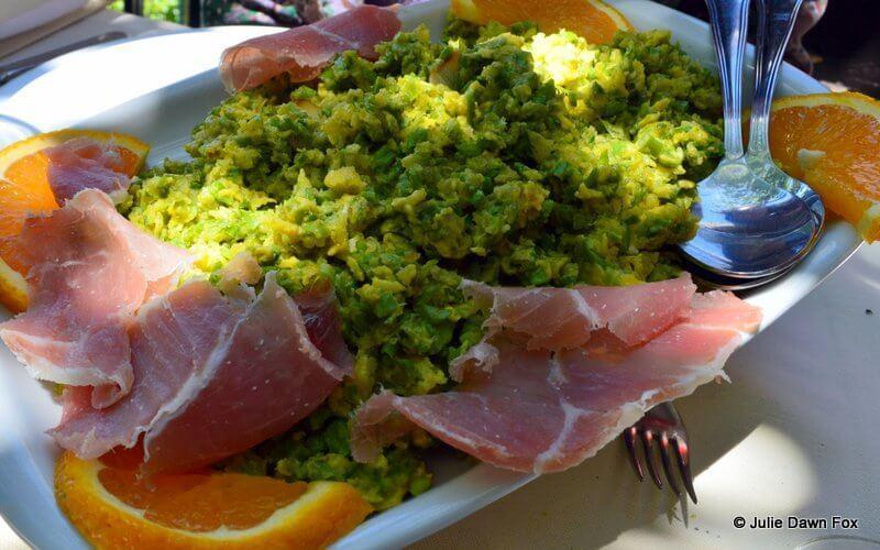 Asparagus scrambled egg, Petiscos e Granitos restaurant, Monsanto
