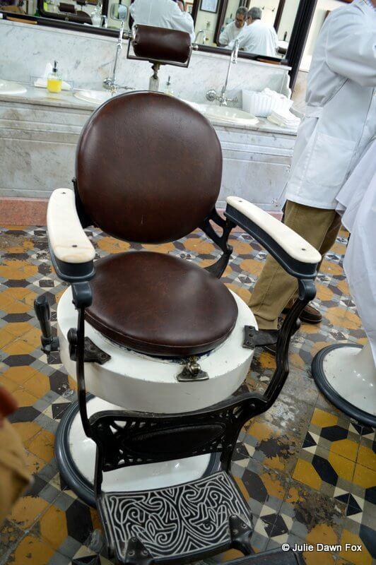 Barber's chair, Barbearia Campos barber shop, Lisbon