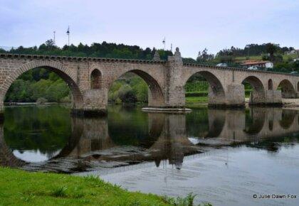 Medieval bridge, Ponte da Barca
