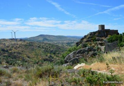 Sortelha castle and wind turbines