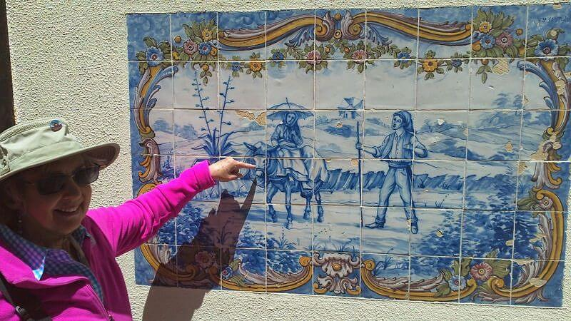 Carolyn with azulejo donkey © Terry Borst