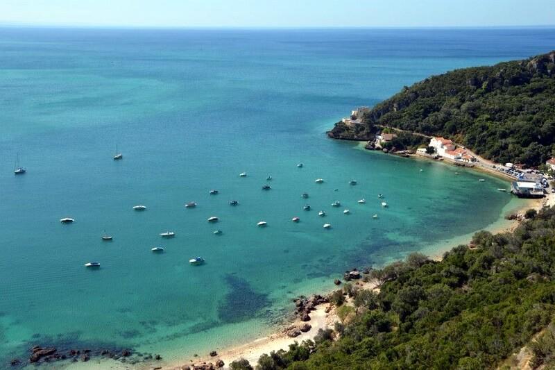 Coastline, Arrabida Natural Park, south of Lisbon.