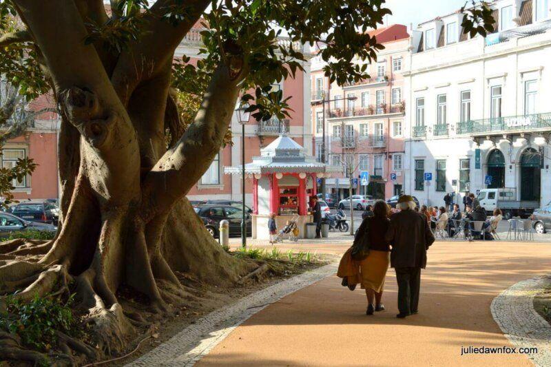 Couple strolling through Principe Real Gardens, Lisbon. Photography by Julie Dawn Fox-001