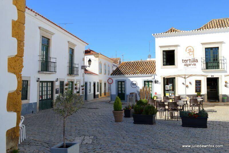 Restaurants in Vila Adentro, the old part of Faro