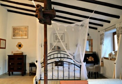 Best places to stay near Obidos, Portugal