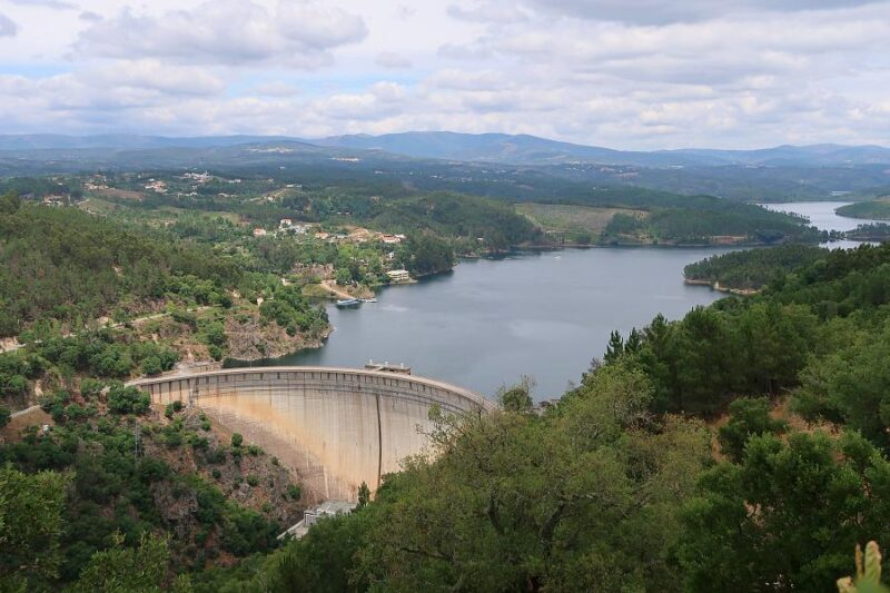 Cabril dam and reservoir