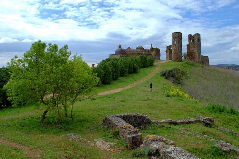 Ruins, Montemor-o-Novo castle, Alentejo, Portugal. Photography by Julie Dawn Fox