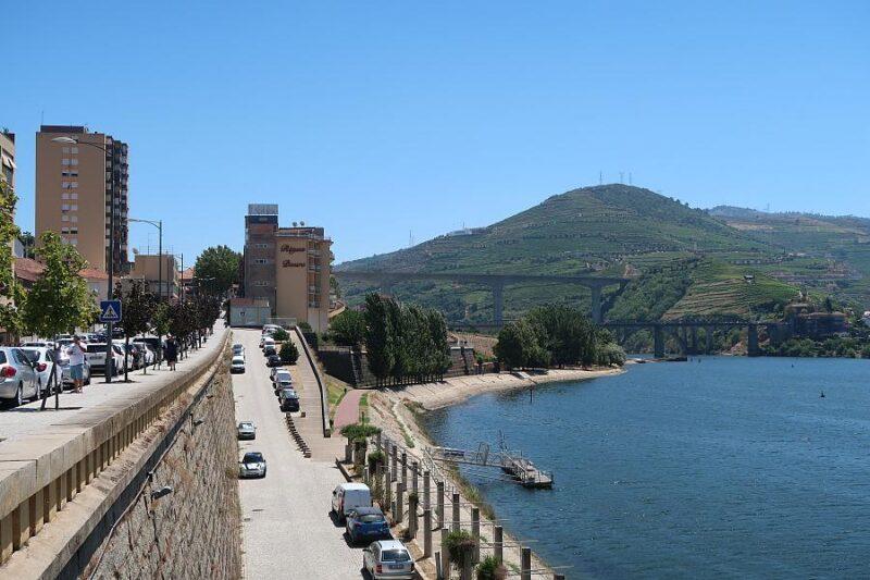 Peso da Régua and riverside path