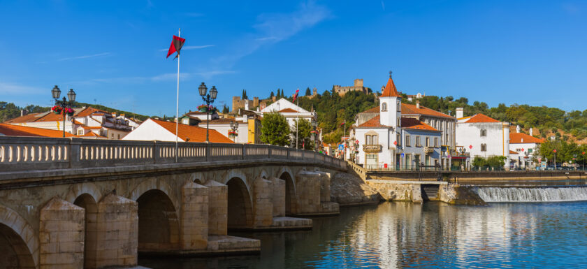 Tomar and the River Nabão in Portugal. Things to do in Tomar