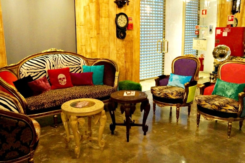 Colourful furniture at the Art Stay Apartments Lisbon